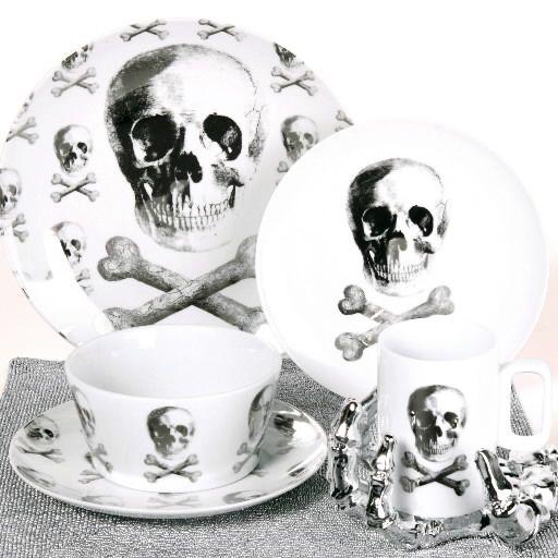 Bones and skulls popular for Halloween decor Full House | cleveland.com  sc 1 th 225 & Bones and skulls popular for Halloween decor: Full House ...