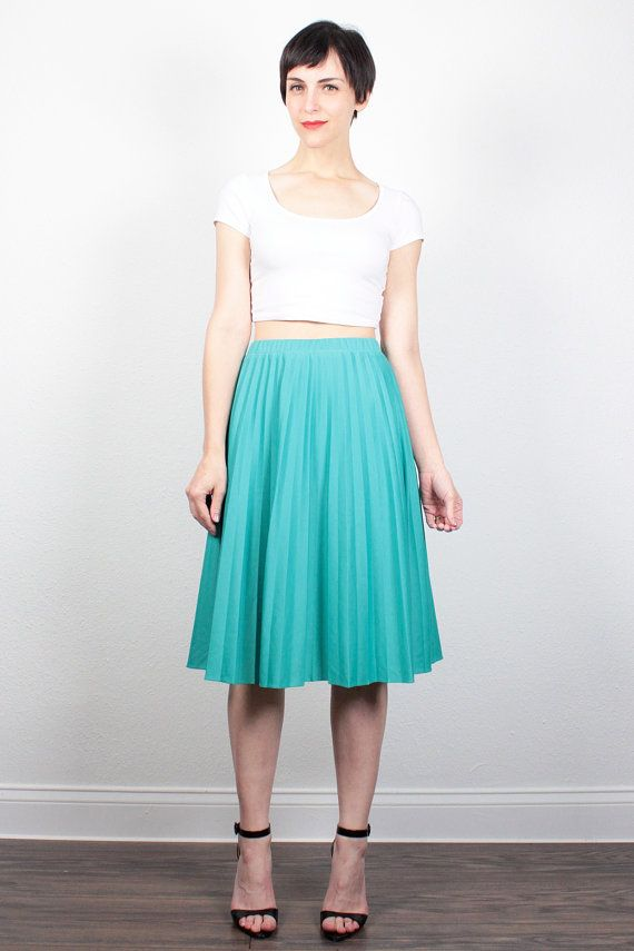 Vintage 70s Skirt Pleated Skirt 1970s Teal Green Midi Skirt Disco Skirt Draped Knee Length Skirt Classic Simple Skirt S Small M Medium by ShopTwitchVintage #vintage #etsy #70s #1970s #skirt #pleated #midi #disco