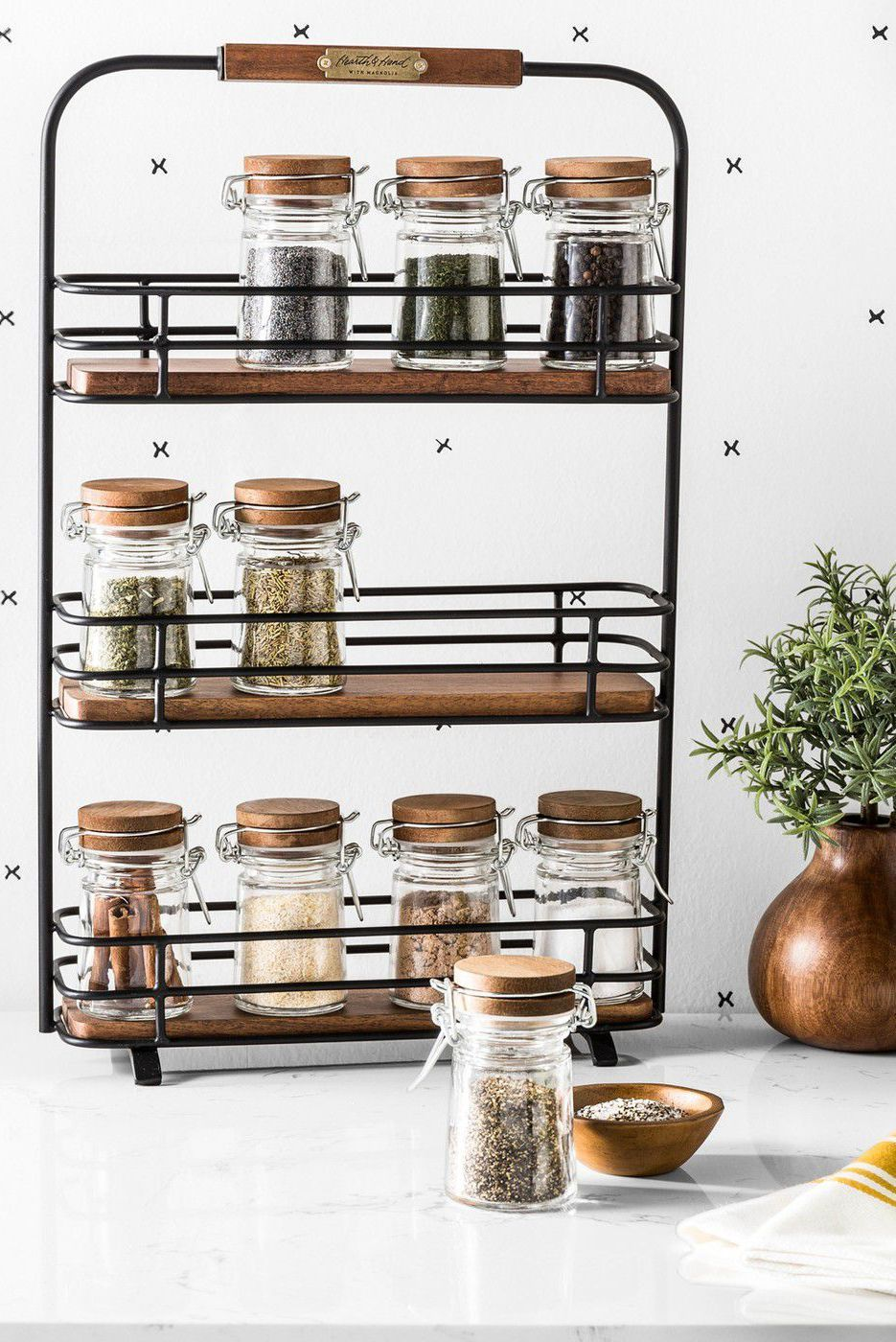 This Genius Spice Organizer On Amazon Will Keep Your Kitchen Cabinets Mess Free Spice Organization Kitchen Spice Racks Wall Spice Rack