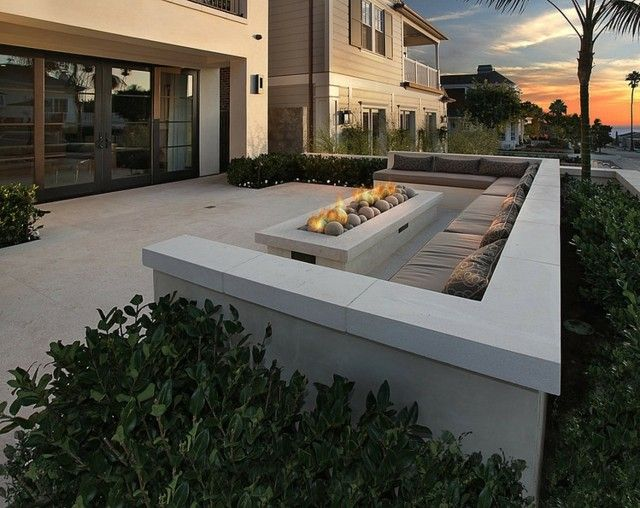 sitzecke garten betonbank offene feuerstelle | garten & mehr, Gartenarbeit ideen