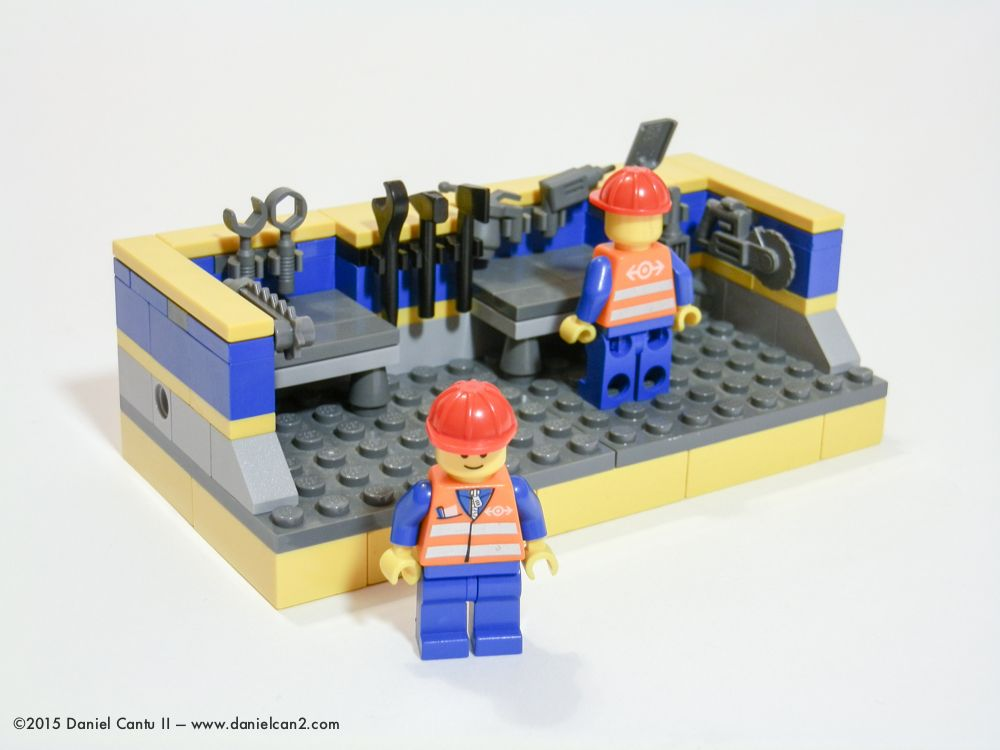 LEGO Mini Workshop. Each construction worker can use amongst 11 ...
