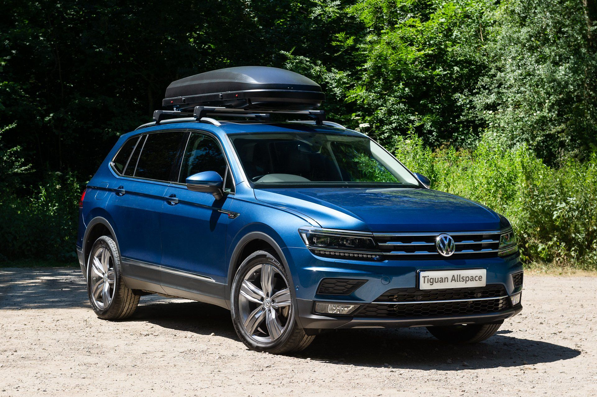 Summertime And The Living Is Easy With Vw S Tiguan Allspace Carscoops Volkswagen Gti My Dream Car Volkswagen Models