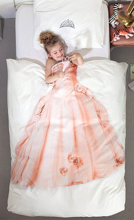 princess dress bed sheets i think i know a couple little girls that would love this