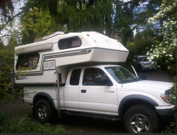 1993 Northern Lite 6 10 Camper With 2002 Toyota Tacoma 4wd