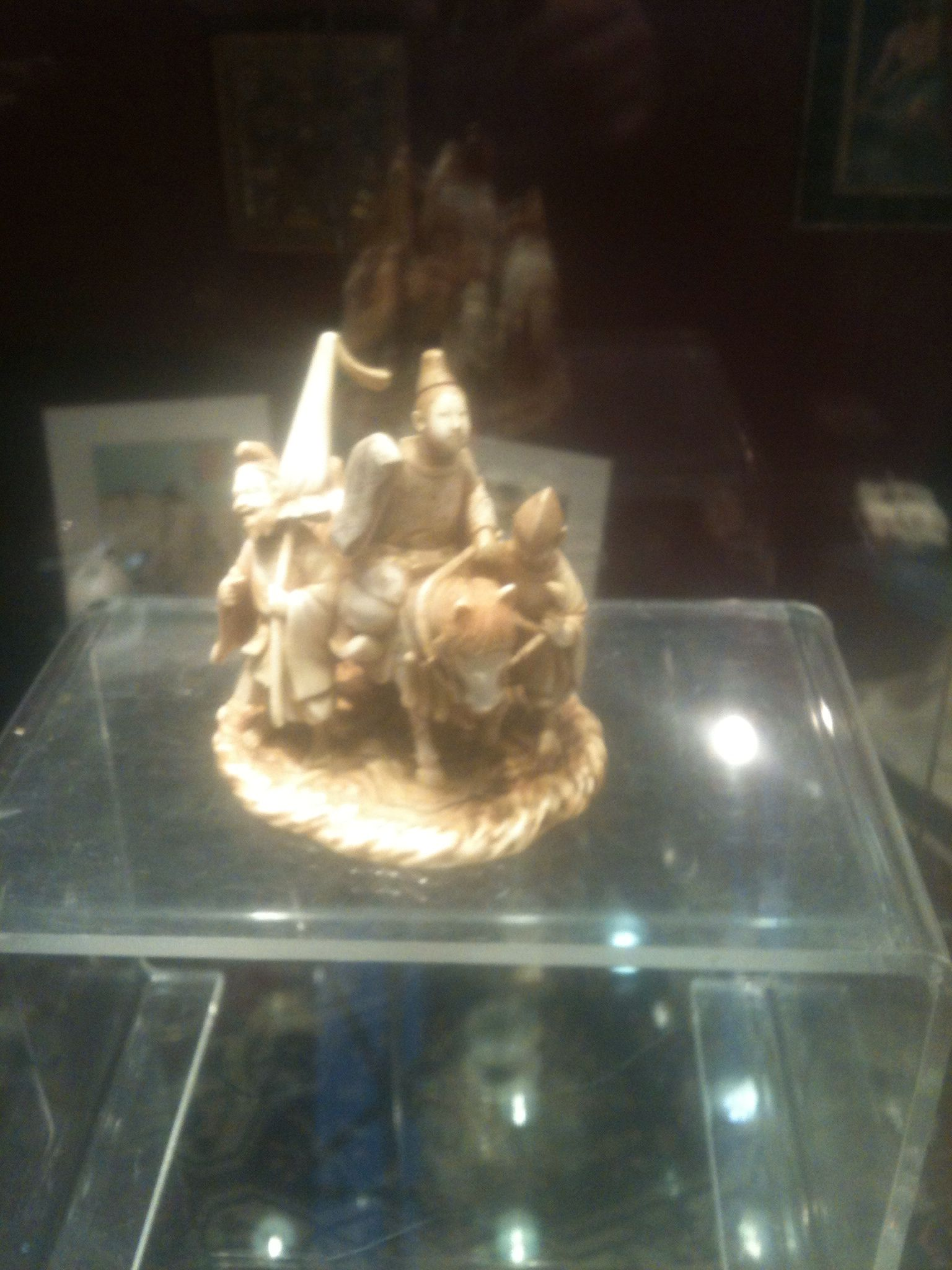 Top quality japanese ivory carving group - red seal - meji period - call Danilo 0039 335 6815268