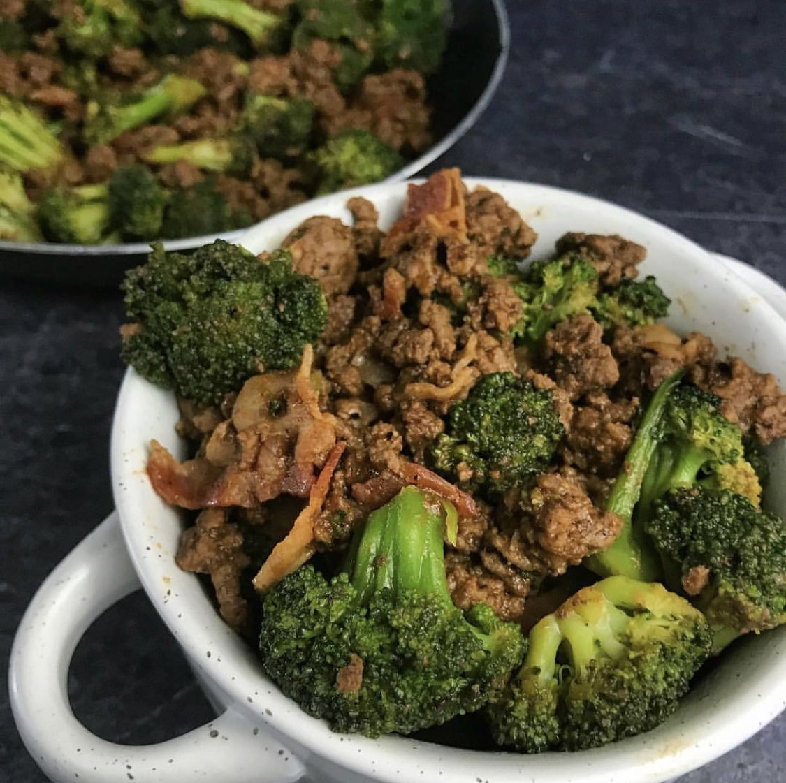 Sticky Sweet Ground Beef And Broccoli Or Make With Slaw Broccoli Beef Ground Beef And Broccoli Broccoli Recipes