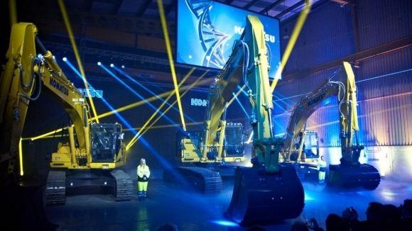 Construction Equipment Manufacturer Komatsu Uk Ltd Have Have Held Their Biggest European Product Launch In Birtley Komatsu Construction Equipment Hold On