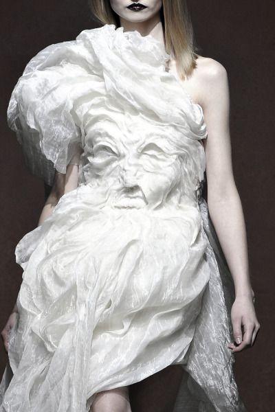 Yiqing Yin Couture SS '12