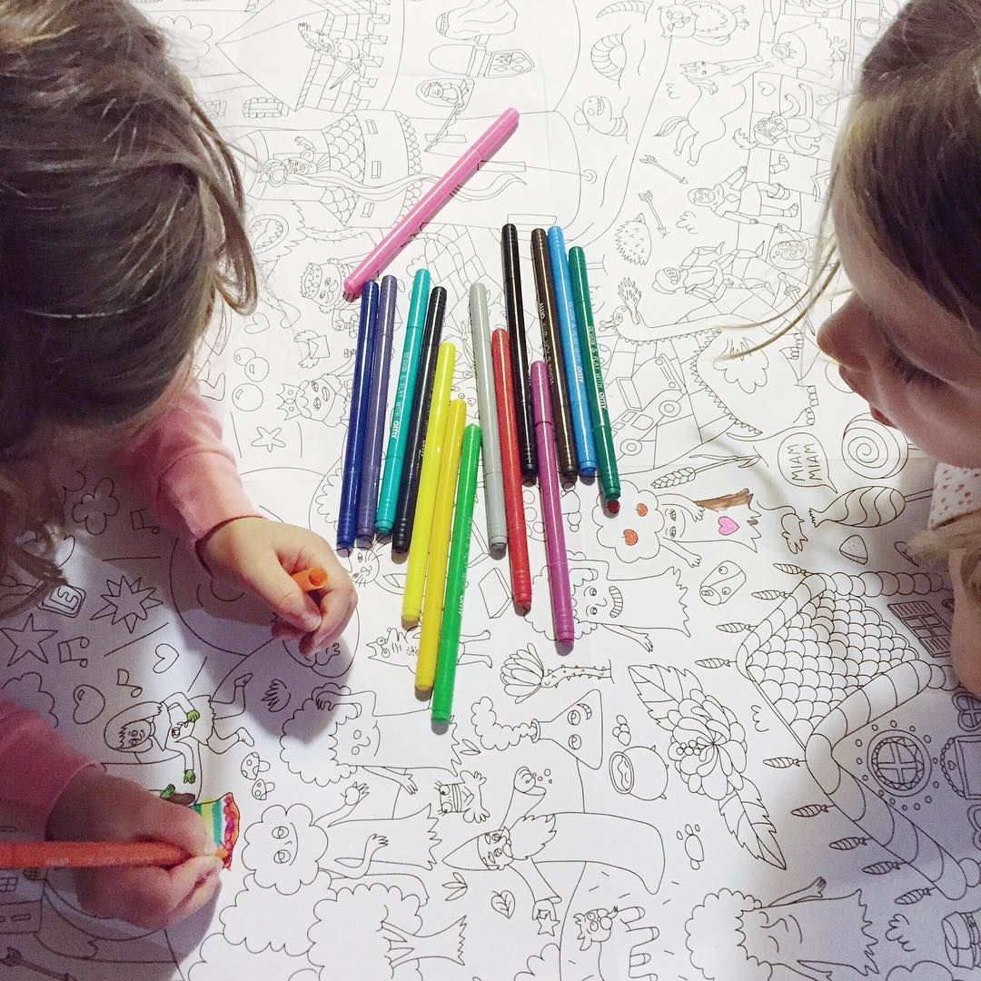 Time to color! #giantcoloringposter #lesvacances #coloring #markers #omystudio #iloveomy
