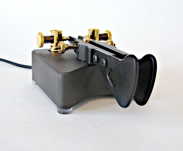 Begali Simplex Professional Iambic Paddle Morse Key by montanaman1