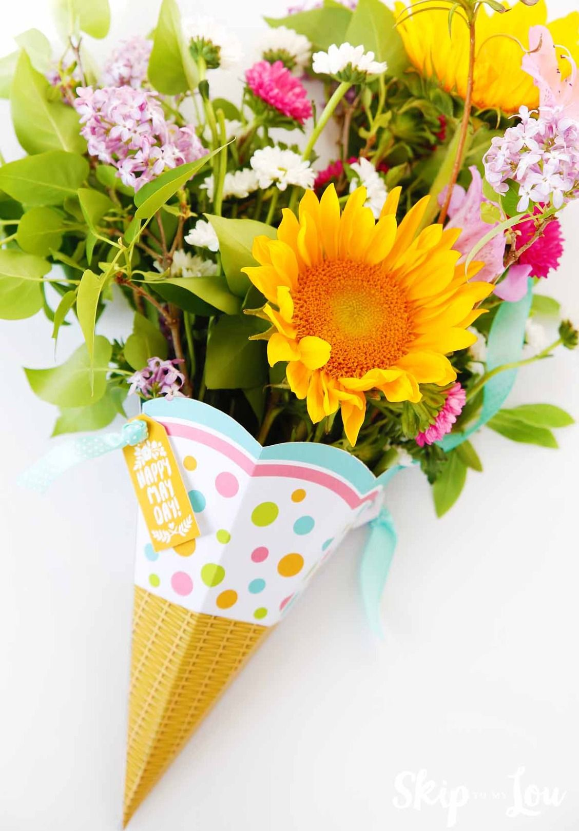 Use this free printable May Day Basket to celebrate May Day ...