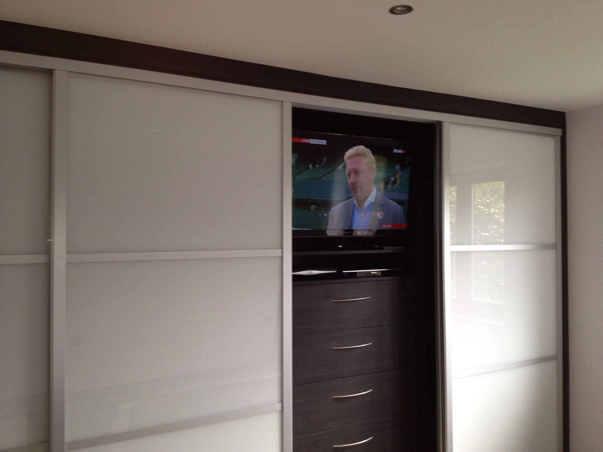 New doors for fitted wardrobes - Resultado De Imagen De Fitted Wardrobes With Built In Tv