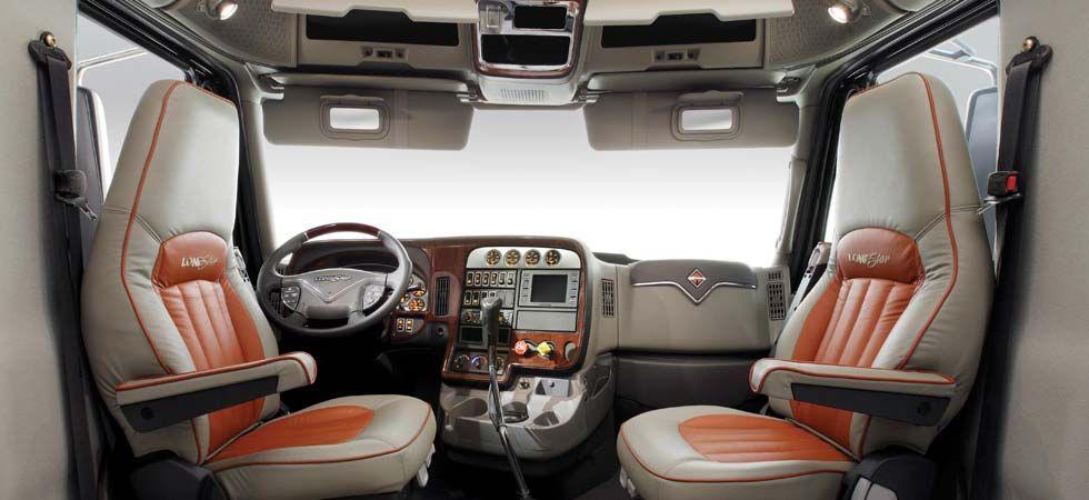 International- LoneStar Truck - Truck Interior... Nice!!