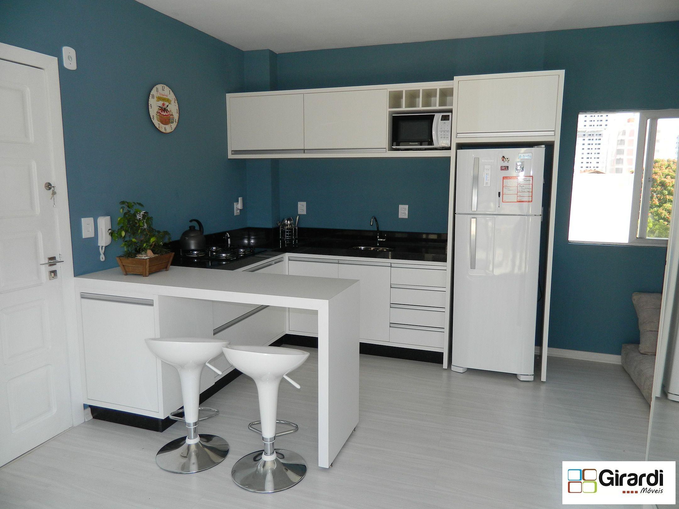 Ambiente Multifuncional Cozinha Compartilhada Com A Sala Simples E