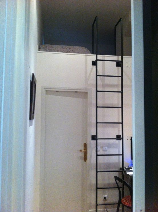 echelle de meunier contemporaine m tal noir mezzanine pinterest m tal noir meunier et. Black Bedroom Furniture Sets. Home Design Ideas
