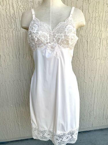 Size Large Ladies Women/'s Lingerie Nightgown Dress CLEARANCE Sale Vintage Sears Half Slip