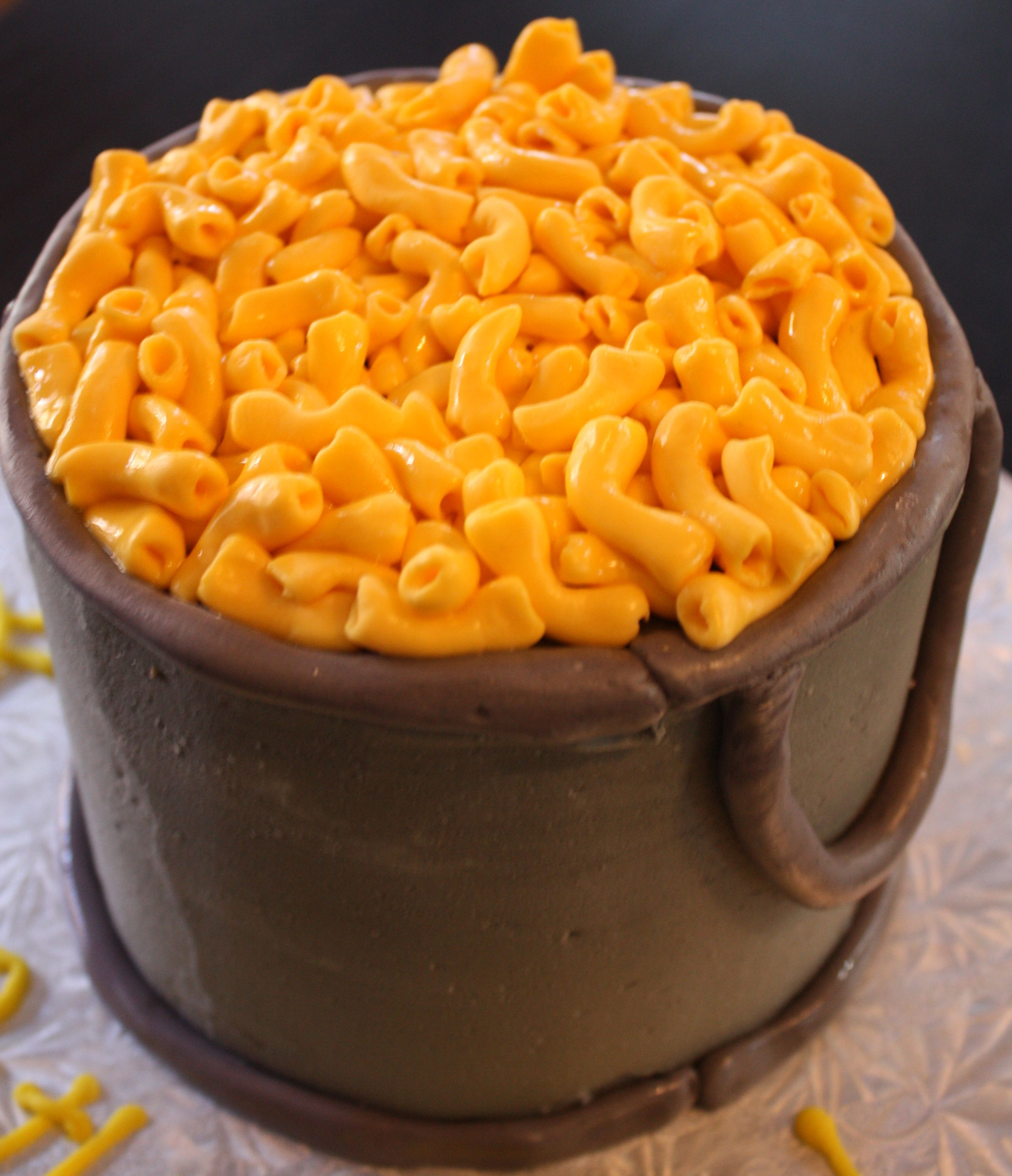 A Mac N Cheese Birthday Cake Amazing Cakes Novelty Cakes