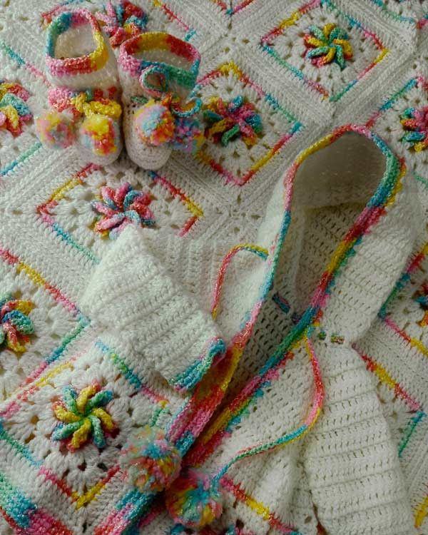 Pinwheel Baby Layette Crochet Pattern | Baby layette, Layette and ...