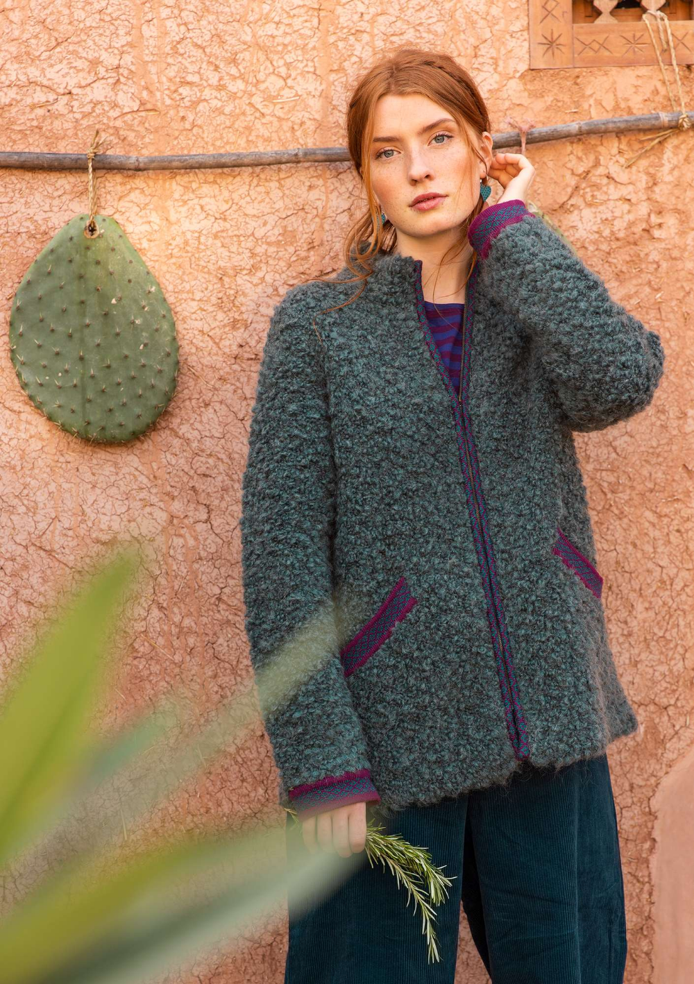 Curly cardigan jacket in felted wool bouclé Gudrun