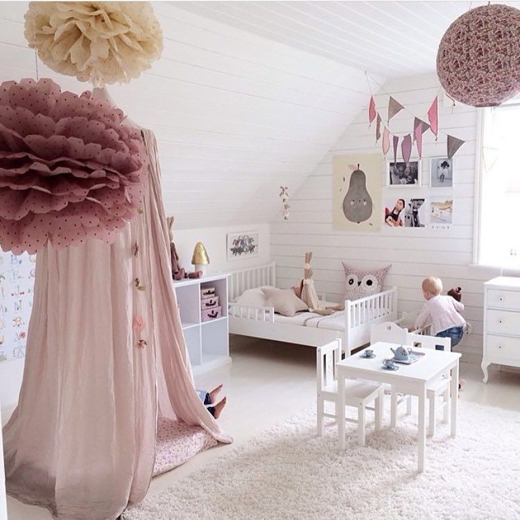 Pretty toddler bedroom with pompoms and canopy | That Mushroom Lamp ...