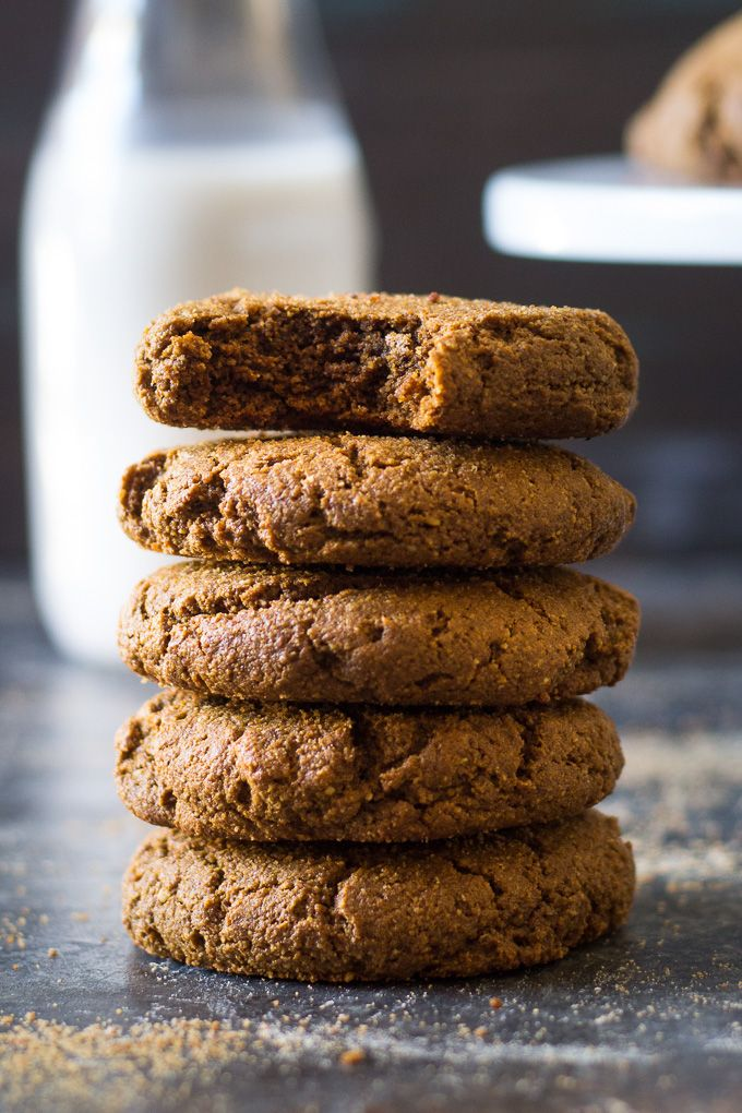 Big & Chewy Paleo Gingerbread Cookies | The Paleo Running Momma