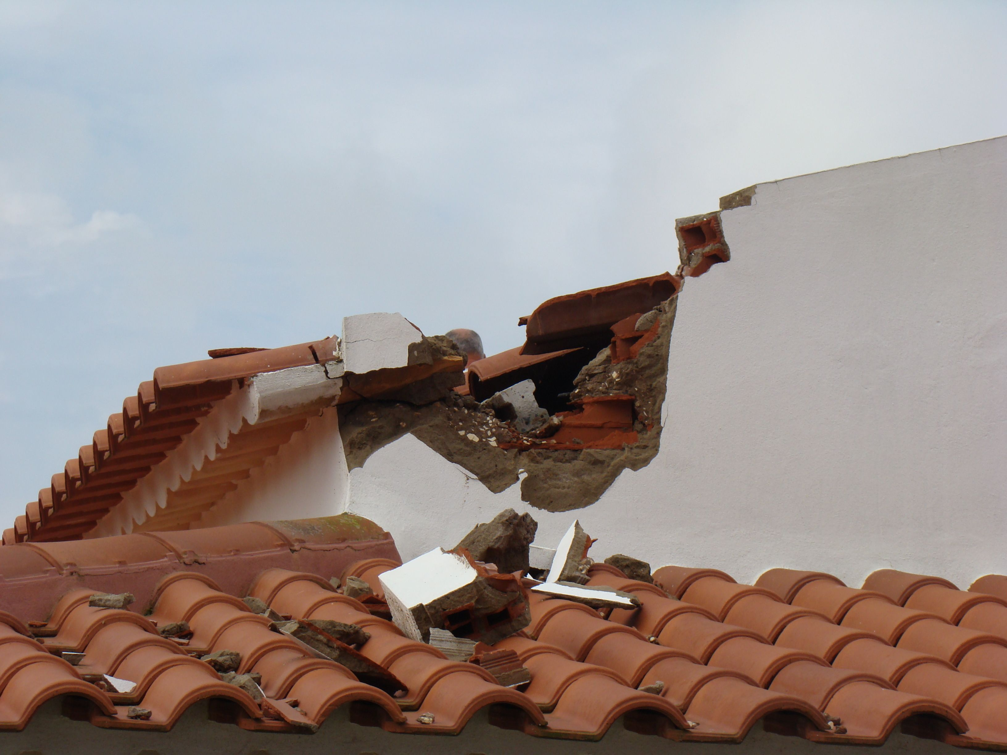 Lightning Damage Claim Adjusters In South Florida With Images