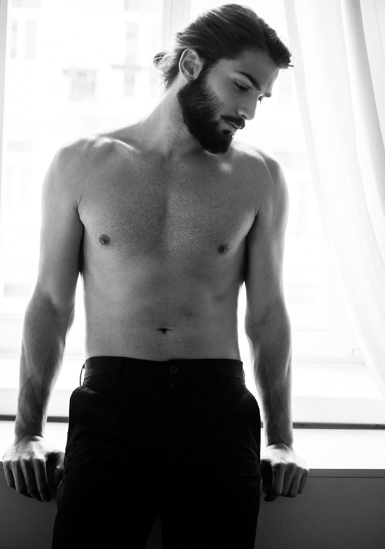 Devran Taskesen | OHmbres | Pinterest | Estilos de barba, Anatomía y ...