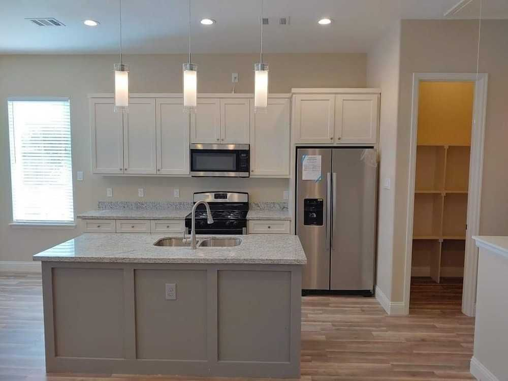 For Lease In Houston Real Estate Soundproofing Walls Large Kitchen