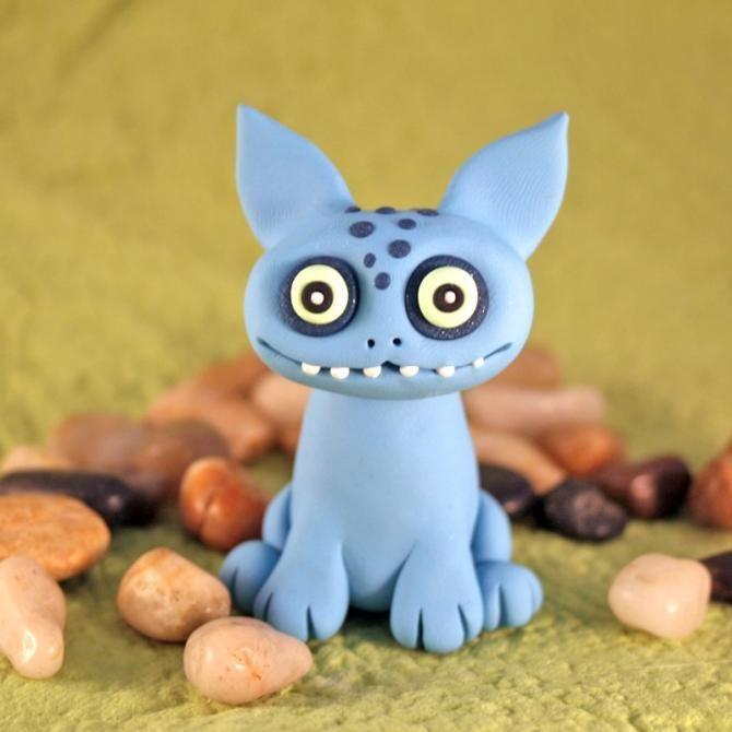 Des monstres en pate à modeler   Animaux en argile polymère, Projets d'argile, Sculpture argile