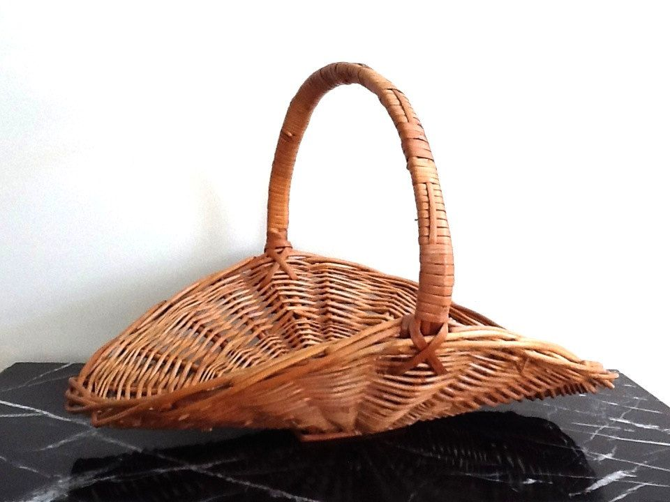 Extra large woven wicker gardening gathering basket wicker
