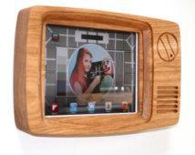 TV Frame For iPad - Retro ipad Frame - television - ipad 2 case - wooden ipad case - retro tv - ipad cover - ipad sleeve - 80s TV - wpsuk