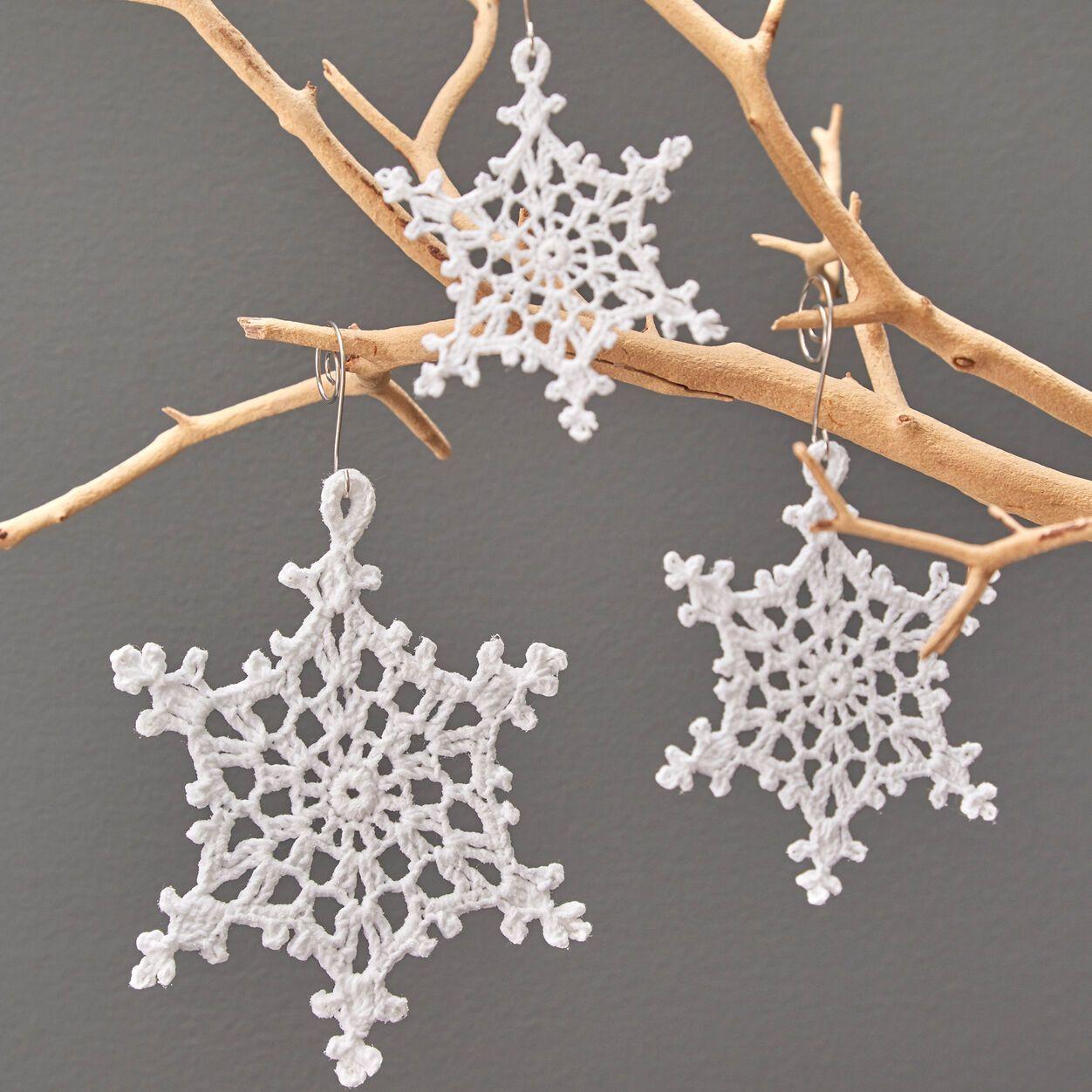 Aunt Lydia S Beautiful Lacy Snowflake Ornaments Yarnspirations Crochet Snowflake Pattern Crochet Christmas Snowflakes Christmas Crochet Patterns