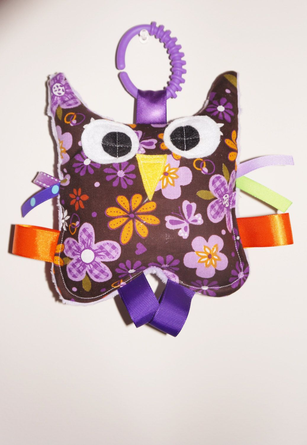 Hootie the Owl toycrinkle toy crackle toy by Sassydoodlebaby