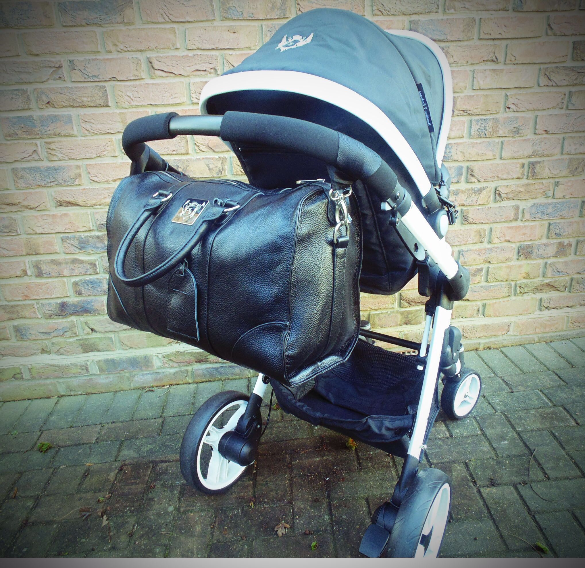 Hamilton turnberry leather Baby changing diaper bag | Baby ...