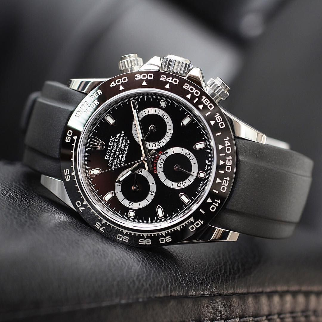 34b60a55468 StrapSaturday with a 116500 Daytona on a everestbands rubber strap ...