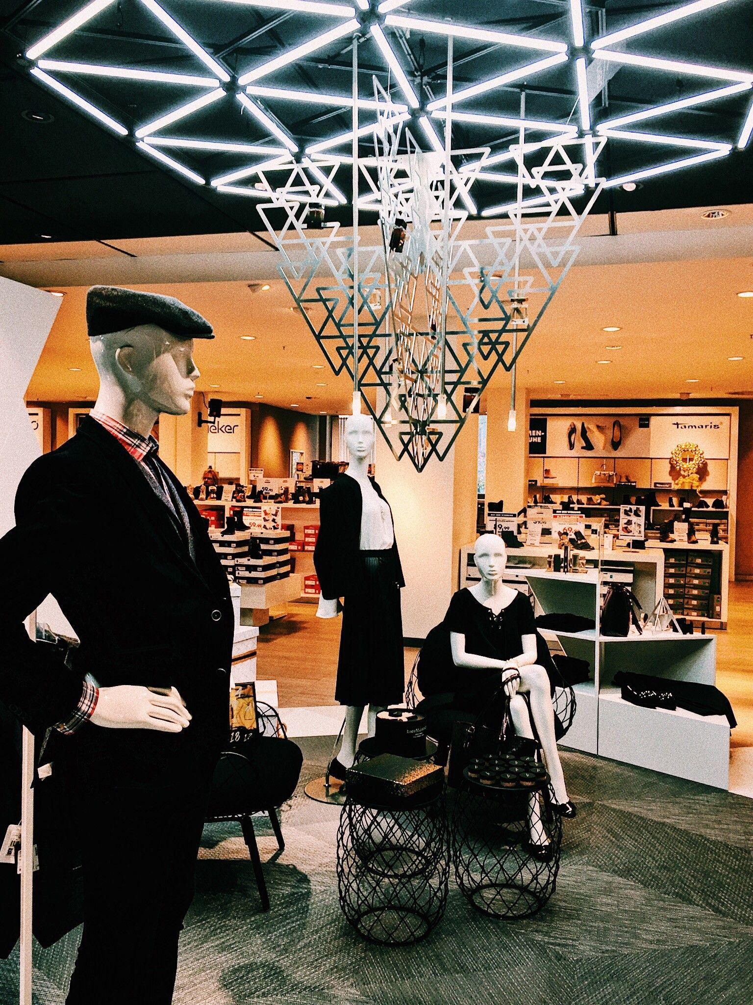 Stylisch und digital präsentiert sich unser neuer Shop in