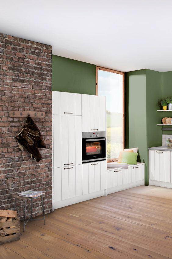 Wandfarbe In Grün Passt Toll Zur Landhausküche In Weiß | Forest