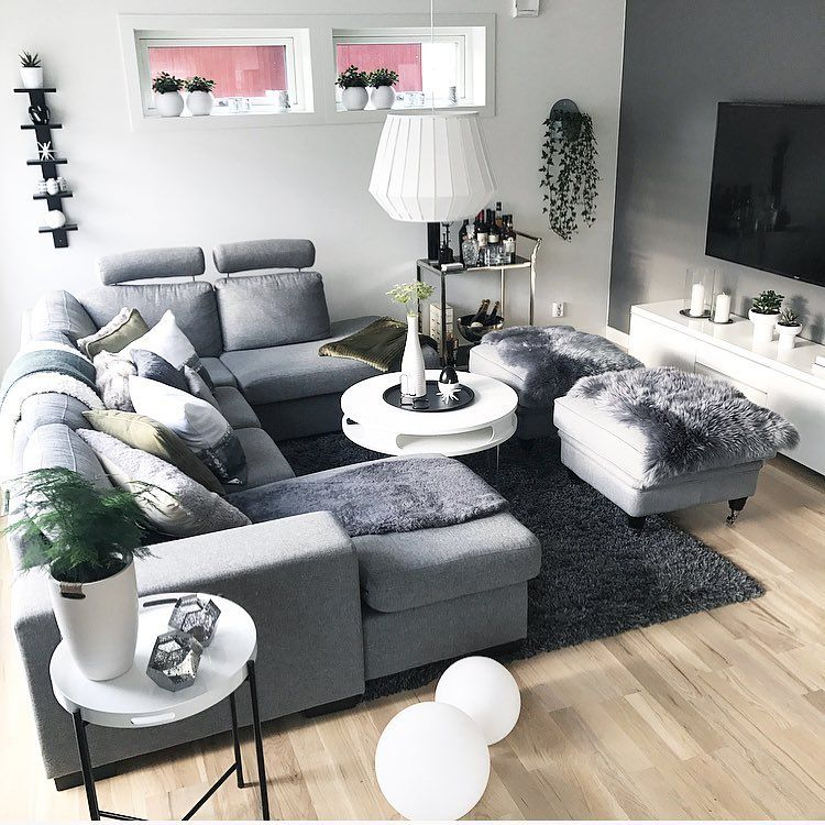 Gefallt 4 154 Mal 75 Kommentare Susanne Dahlstrom Susshf Myhome Auf Instagram New Week And New Poss Decor Home Living Room Modern Grey Living Room Home