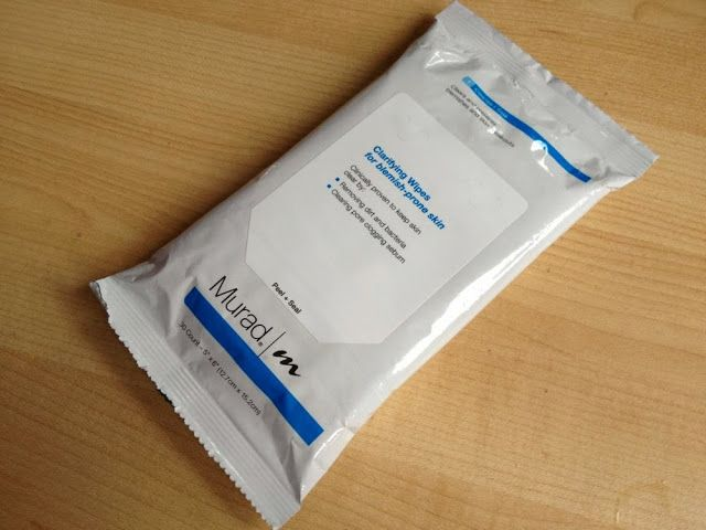 Review of the Murad Clarifying Wipes. Essential deep cleansing when travelling. Easy Travel Beauty