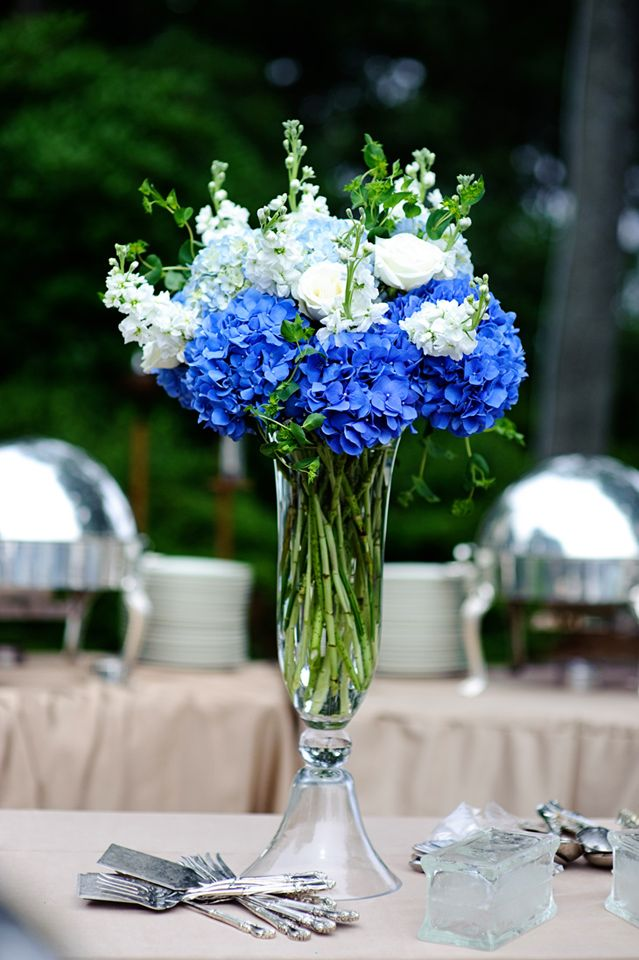 Blue and white reception wedding flowers decor
