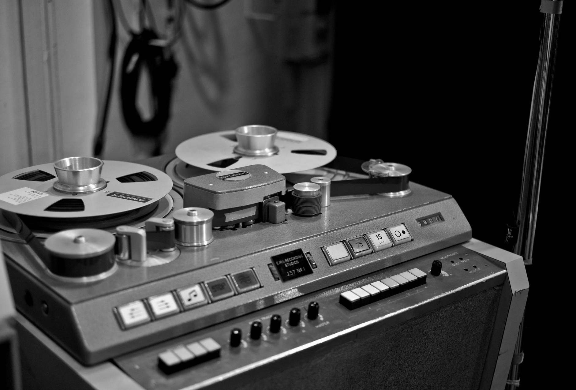 Studer J37 | Recording Consoles and Studios | Hifi audio, Recording