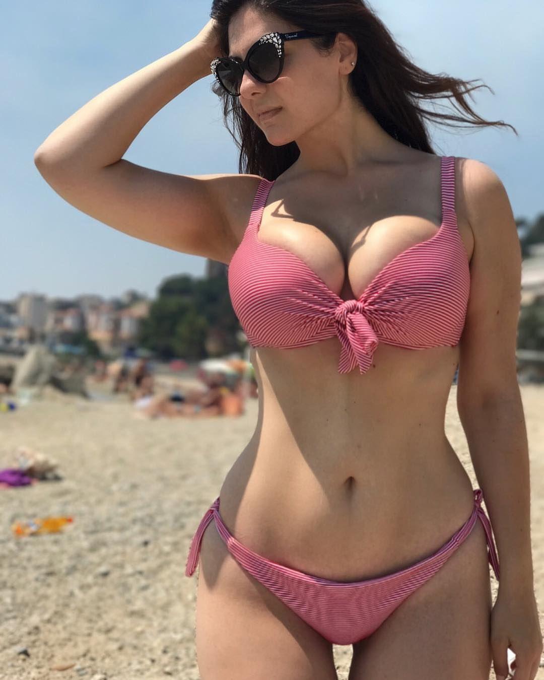 9c31d53e6cc566 Paola Torrente   paola in 2019   Hot bikini, Bikinis, Bikini babes