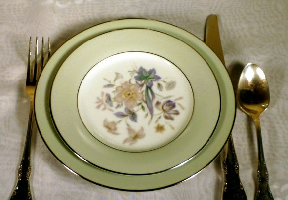 Image result for 1950s dinnerware table set & Image result for 1950s dinnerware table set | 1950s dinnerware ...