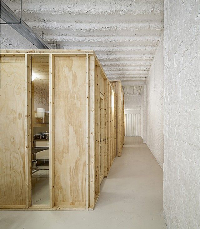 Data AE  Clnica Veterinaria de Animales Exticos Barcelona  AOld and New  Pinterest  Proyectos Arquitectura and Animales exticos