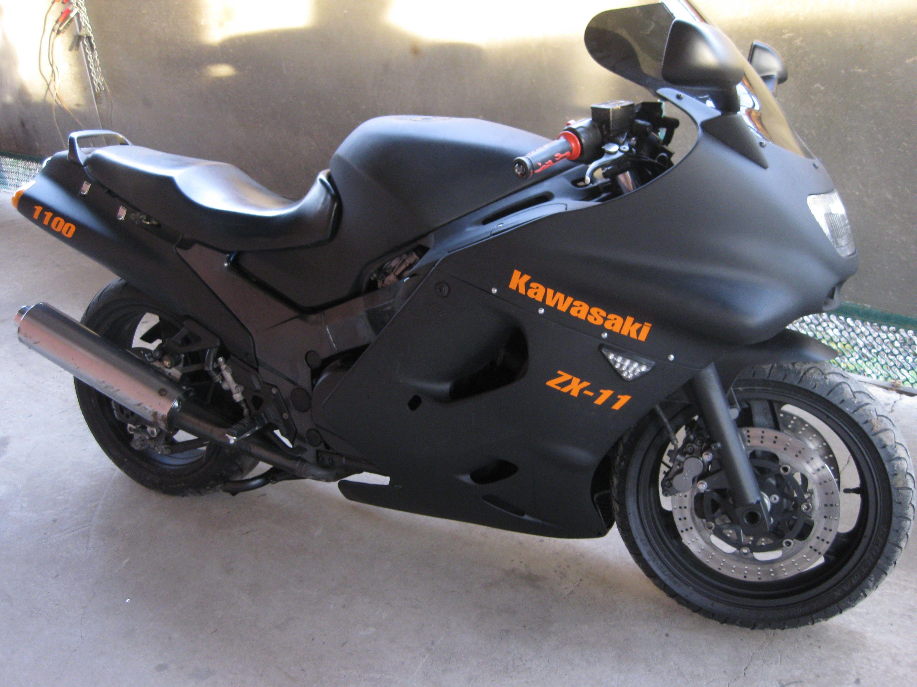 Kawasaki ZX 11
