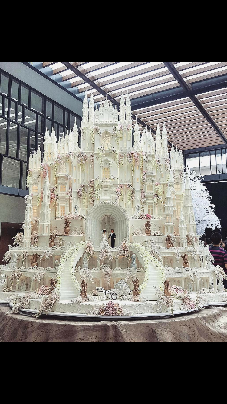 The Ultimate Wedding Cake From Lenovelle