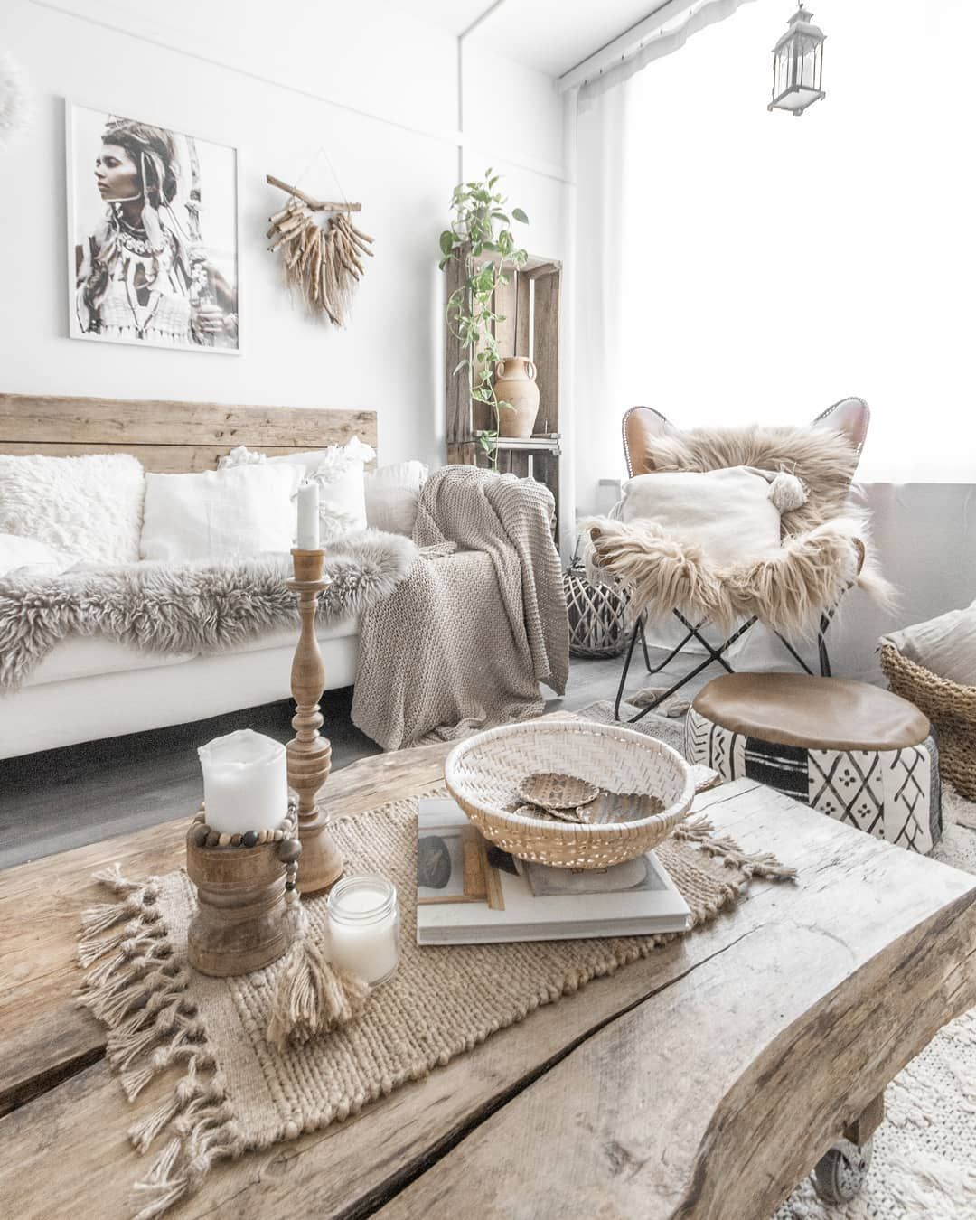 Today Has Been Pretty Slow Day It 39 S Raining And I Just Feel Useless And Th Bohodecoration Bohois Zen Home Decor Living Room Inspo Scandi Living Room