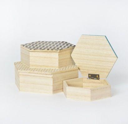 SET 3 HEXAGONAL BOXES