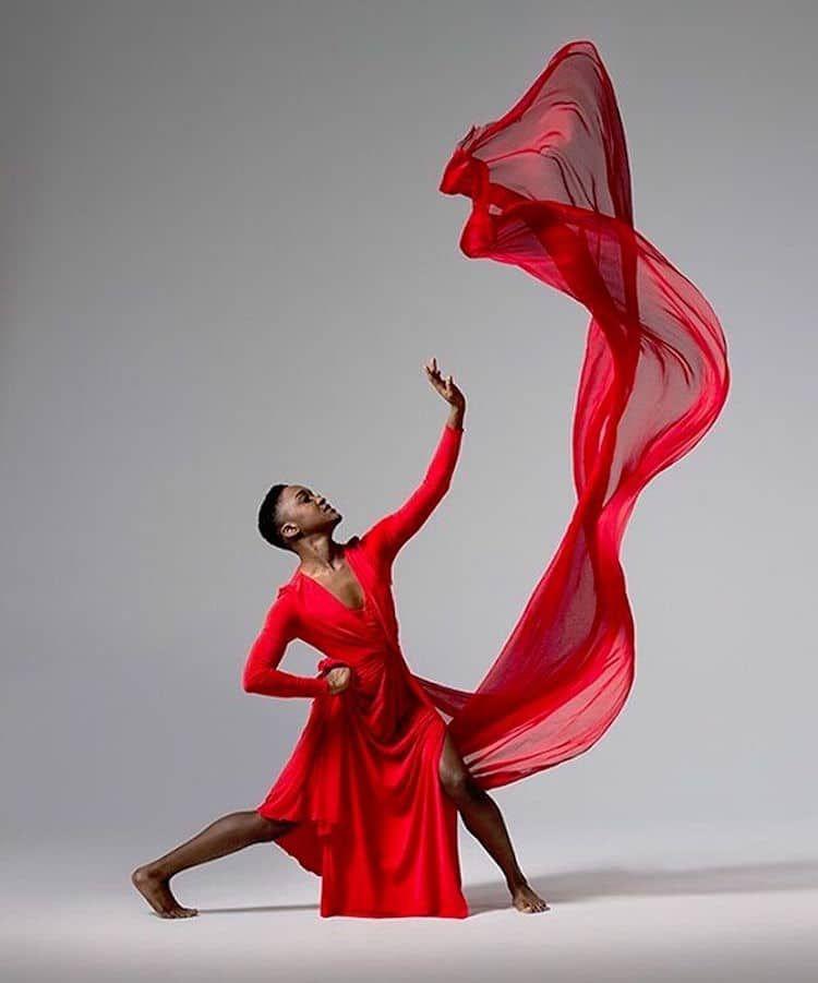 Elegant Portraits Capture the Graceful Movement of Nimble Ballet Dancers #danceandmovement