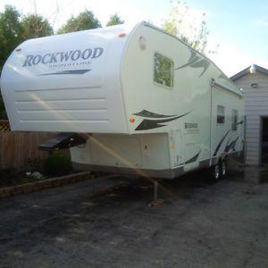 Rockwood 8280ws Signature Ultra Lite 5th Wheel Trailer Camper Rv